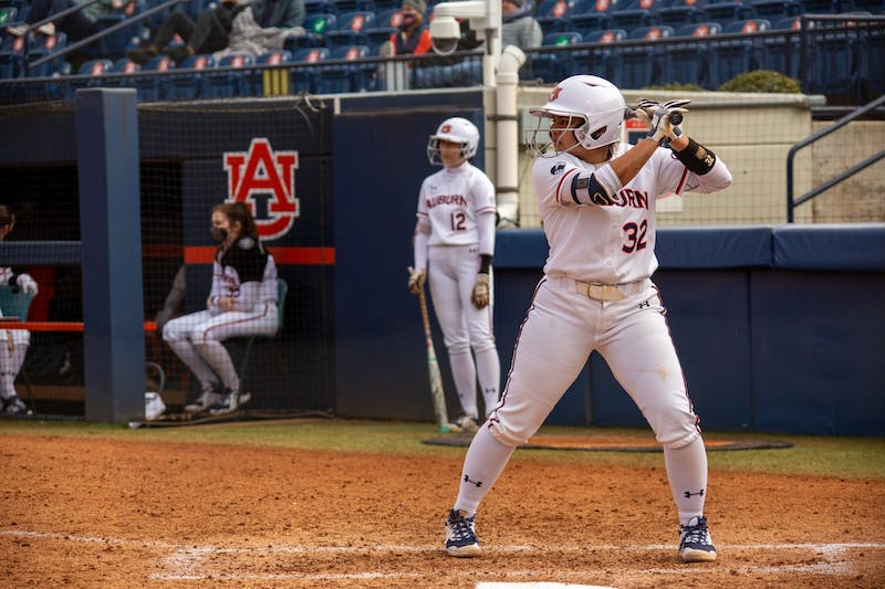 Makenna Dowell (32) up to bat during the game between Auburn and Southeast Missouri State at Jane B Moore Field on Feb 14, 2021; Auburn, AL, USA. Photo via: Matthew Shannon/AU Athletics