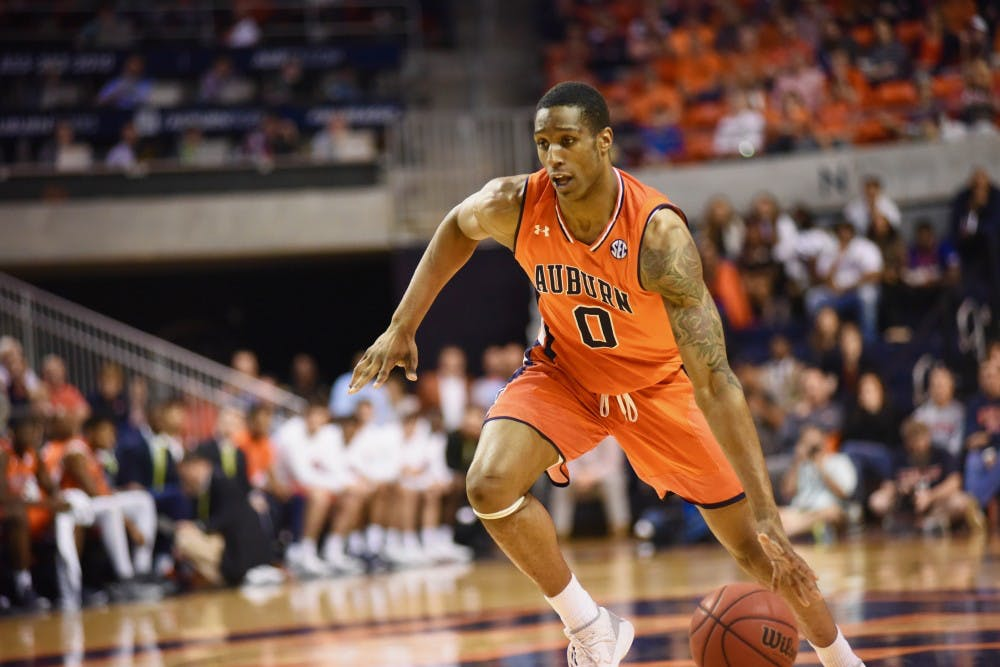 Horace Spencer signs with Turkish professional team