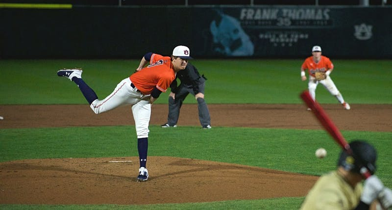 Trace Bright (21) pitches during Auburn baseball vs. Oakland on Feb. 19, 2020, in Auburn, Ala.