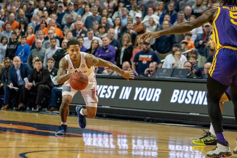 J'Von McCormick (5) drives the ball up the court during Auburn Men's Basketball vs LSU, on Saturday, Feb. 8, 2020, in Auburn, Ala.