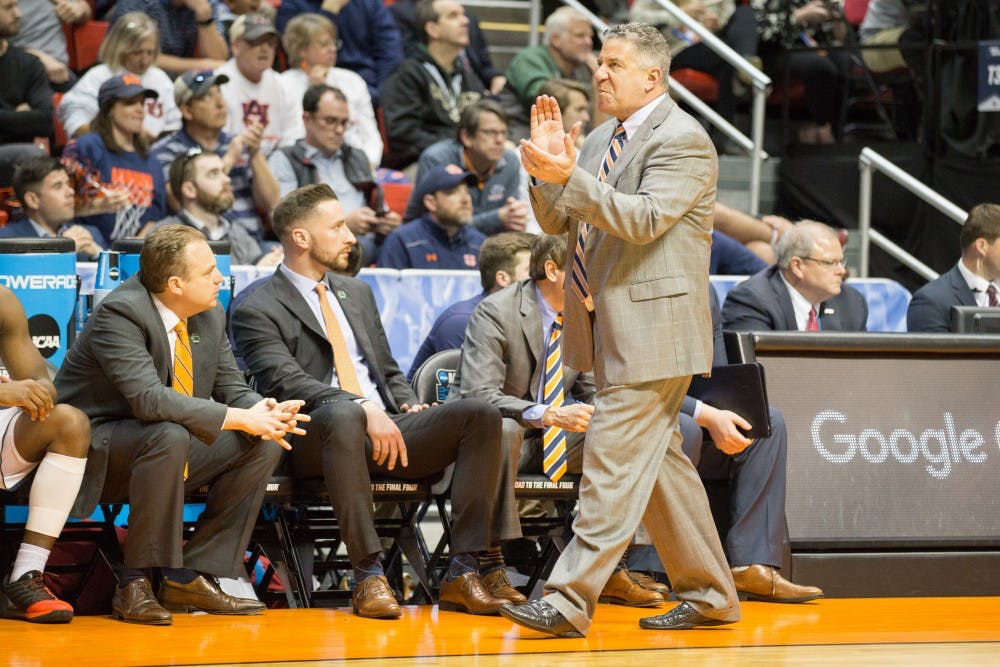 Bruce Pearl unimpressed with defense in practice