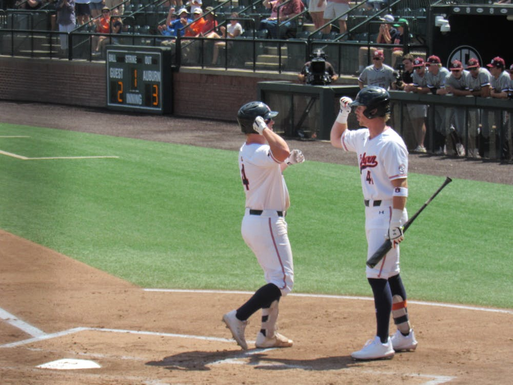 Auburn defeated 11-9, sets up for crucial series finale