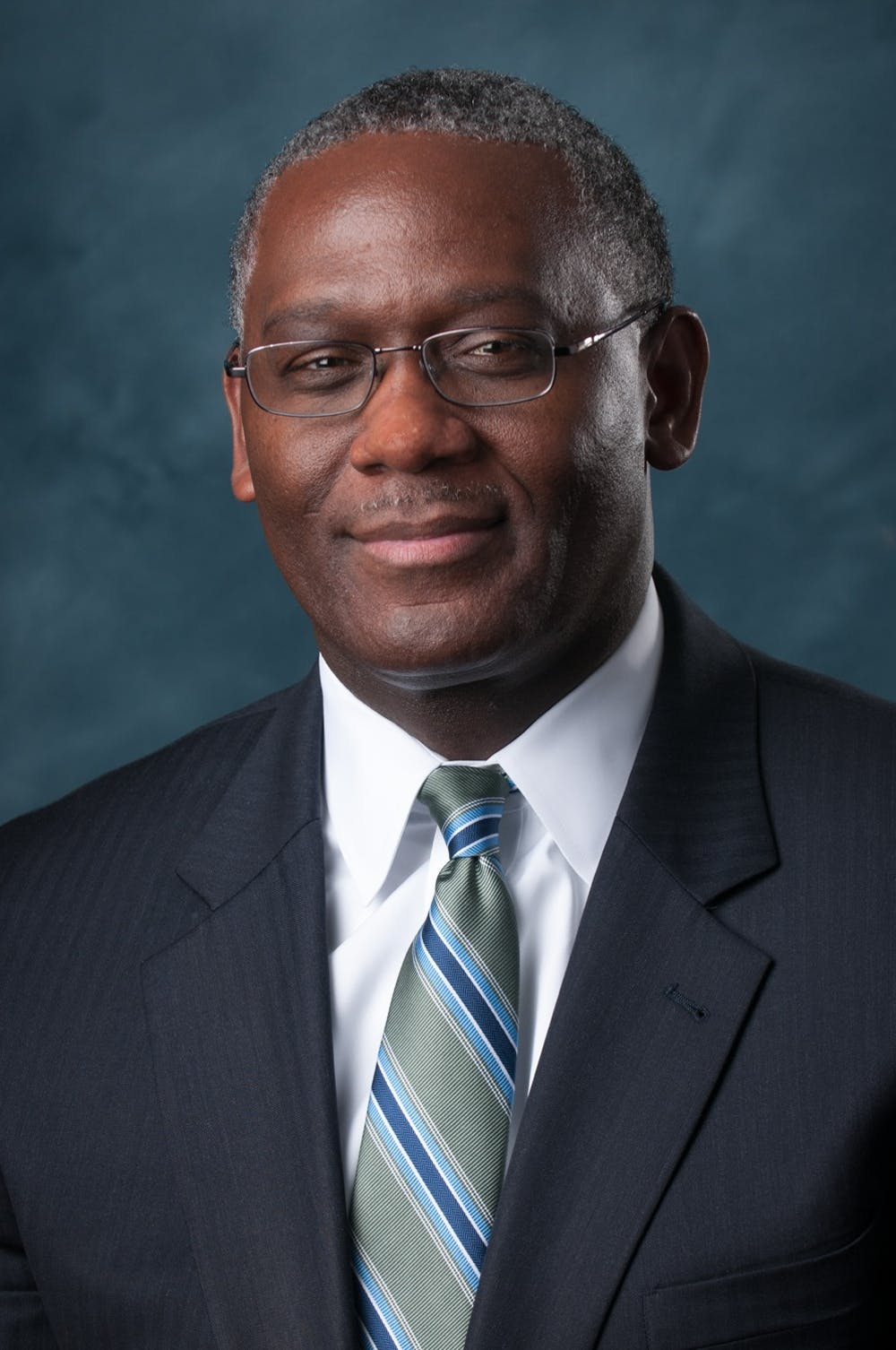 Tim Vines confirmed as AU trustee to replace Lloyd Austin