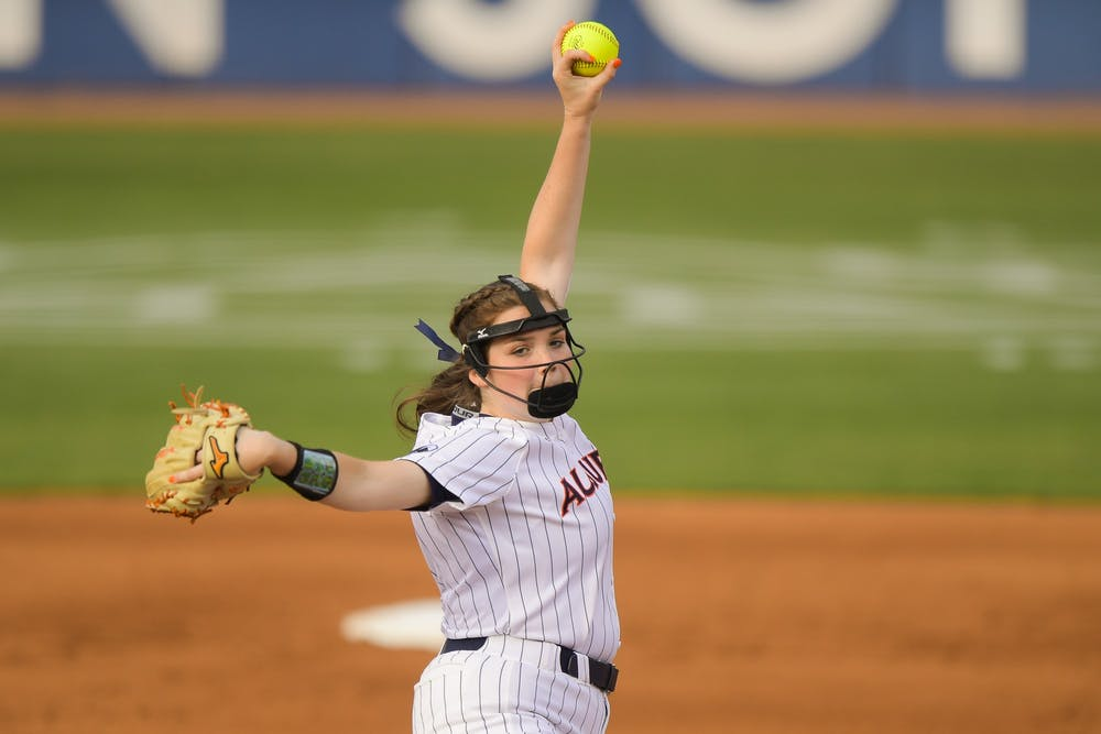 Auburn falls in series finale to Tennessee