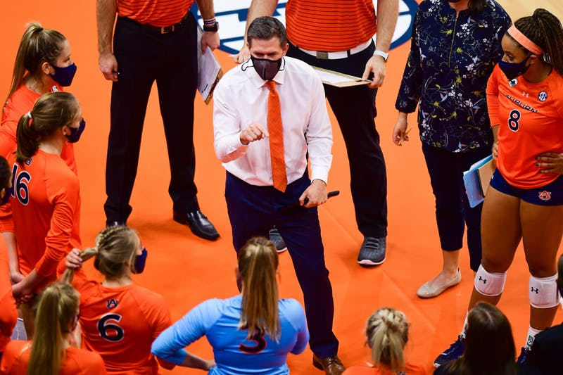 Oct 21, 2020; Auburn, AL, USA; Auburn Tigers head coach Brent Crouch speaks to his players during the game between Auburn and Florida at Auburn Arena.