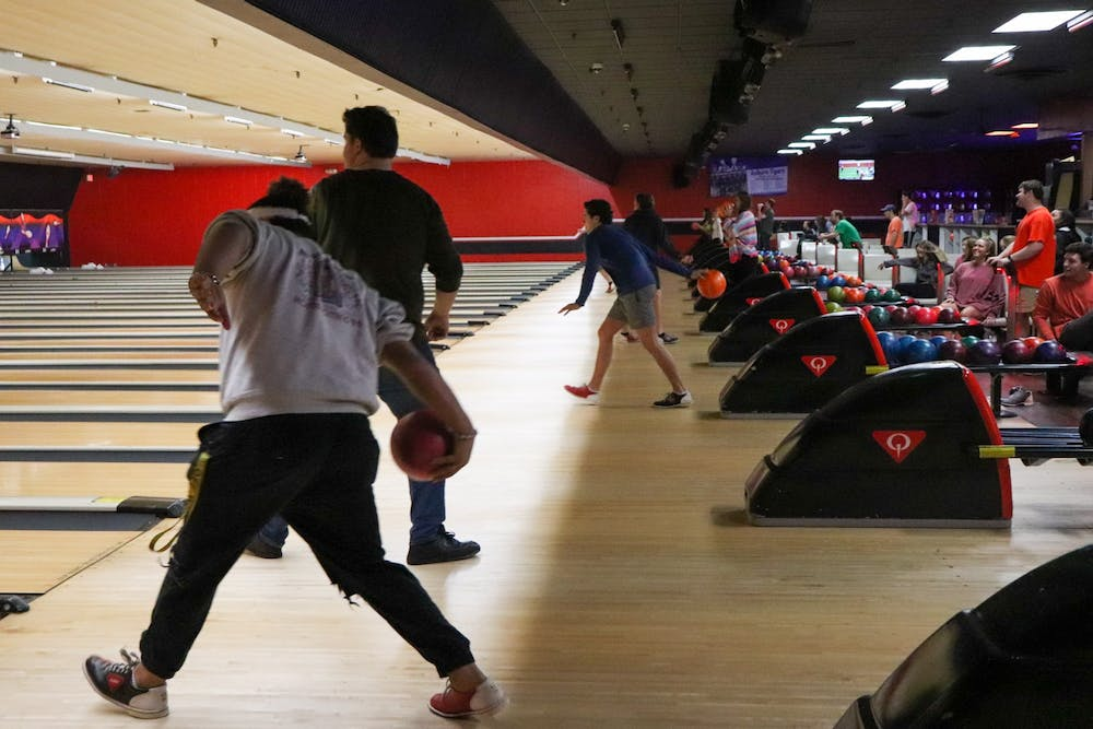 Bowling class lets students split their spare time earning strikes