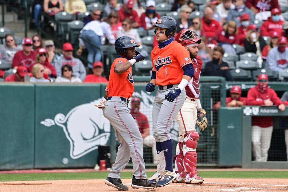 Tigers fall in extra innings to Arkansas in series finale