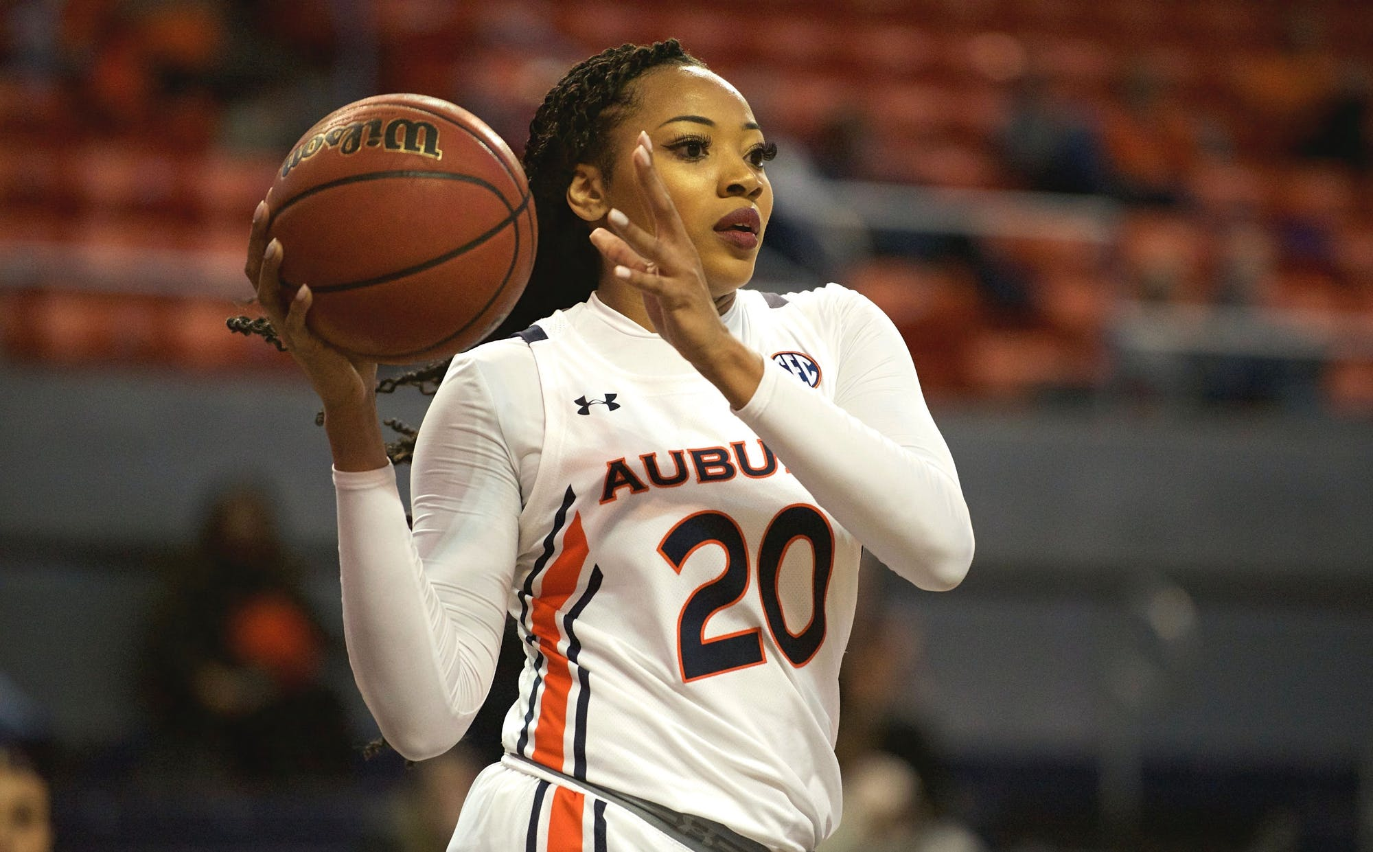 Auburn's double-double queen: Unique Thompson's journey into the record books