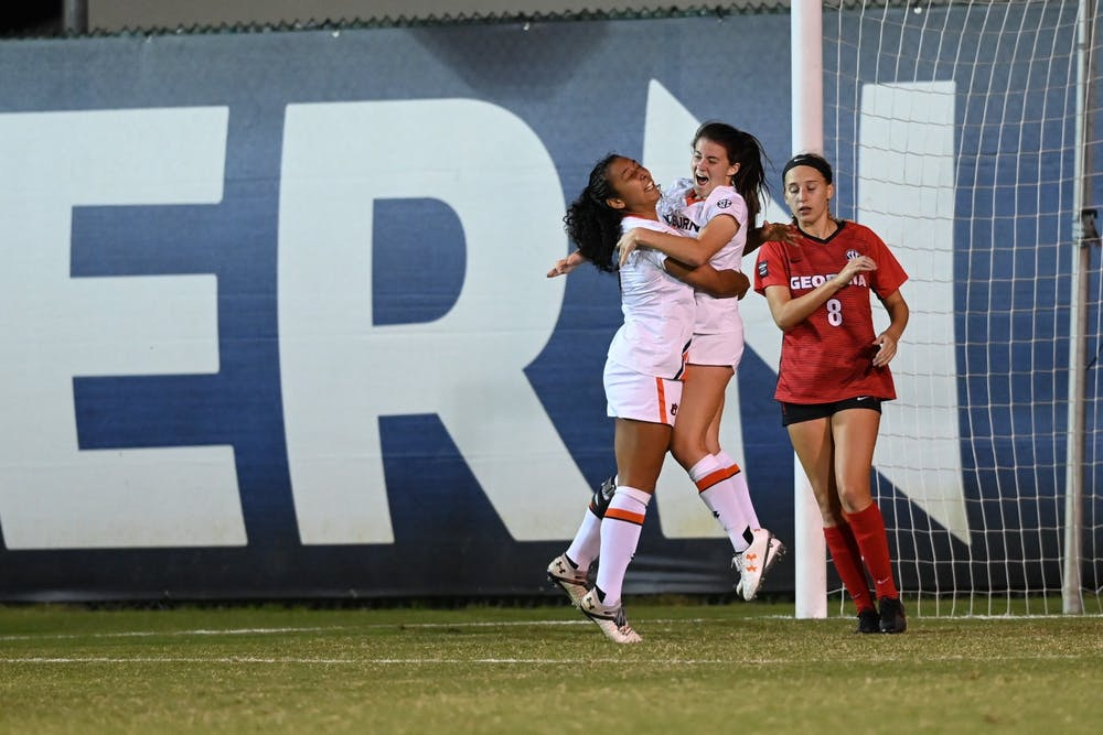 Mallory Mooney's hat trick leads Auburn to win over Virginia Tech