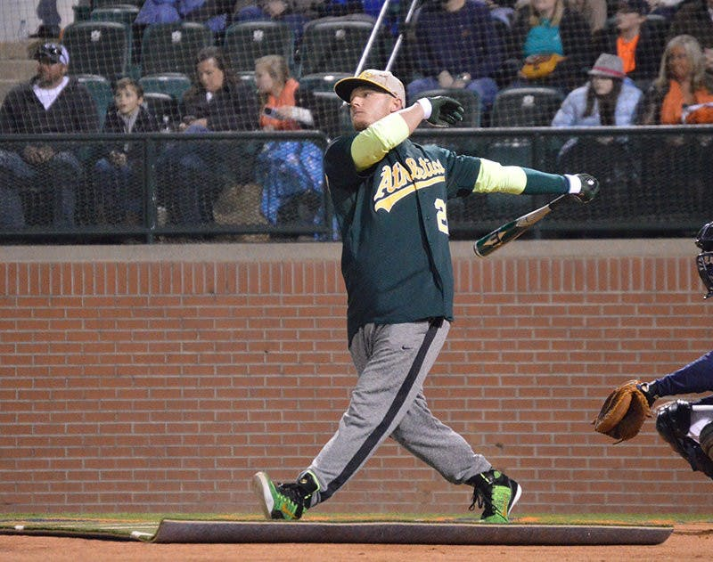 Donaldson up to bat. Home Run Derby at Auburn, AL on 11.21.14 (Emily Enfinger | Assistant Photo Editor)