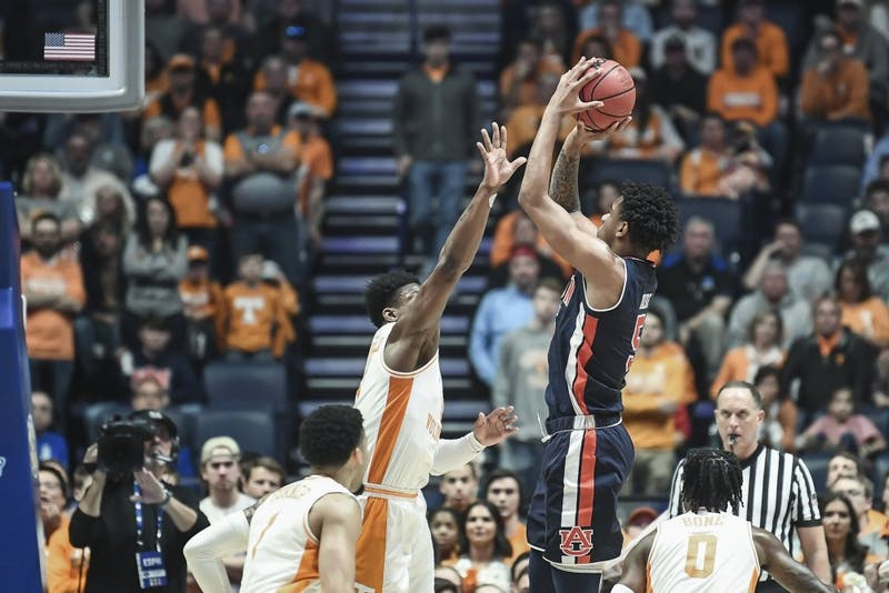 Chuma Okeke (5) shoots during Auburn basketball vs. Tennessee on March 17, 2019, in Nashville, Tenn.