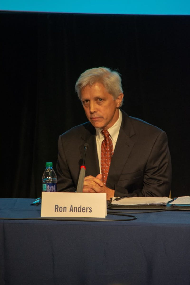 GALLERY: Auburn Mayoral Candidate Forum  8.22.18