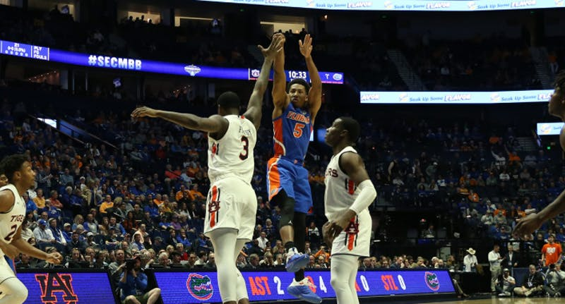 Florida guard KeVaughn Allen (5) shoots during Auburn basketball vs. Florida on March 16, 2019, in Nashville, Tenn. Photo via Florida Athletics.