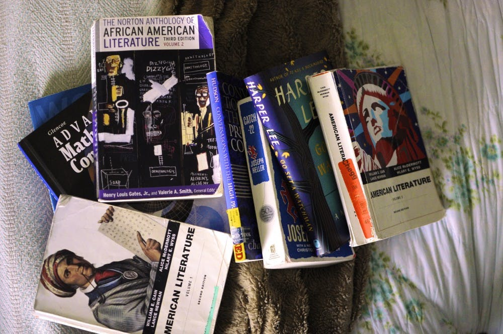 Students respond to increasing textbook prices
