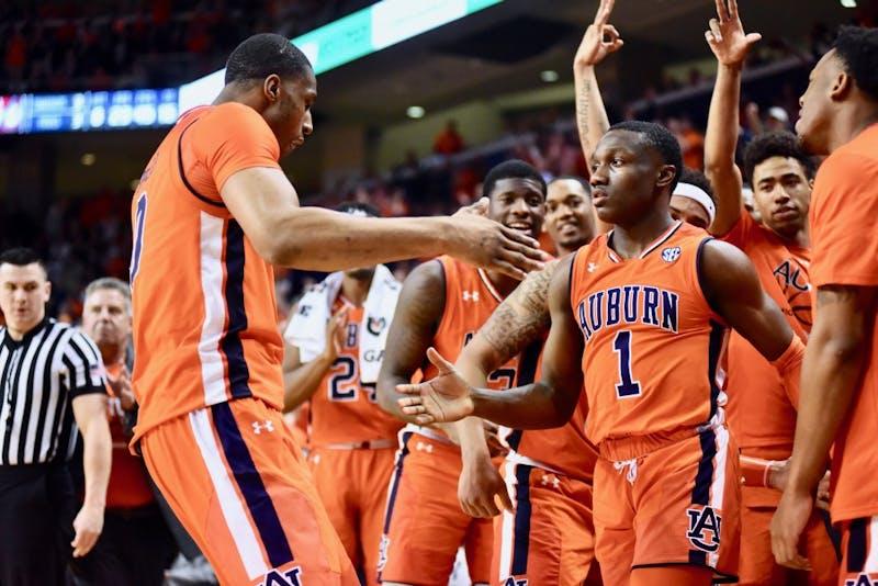 GALLERY: Auburn Men's Basketball vs. Alabama | 2.2.19