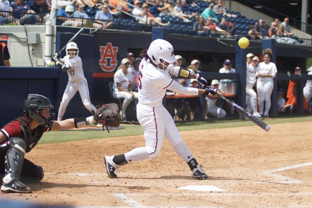 Auburn softball drops series at home to South Carolina