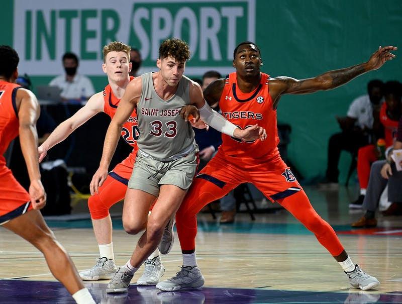 Auburn takes on Saint Joseph's during the Third-Annual Rocket Mortgage Fort Myers Tip-Off Thanksgiving Day at the Suncoast Credit Union Arena on the campus of Florida SouthWestern State College in Fort Myers ,Thursday,Nov.26,2020.(Photo/Chris Tilley)