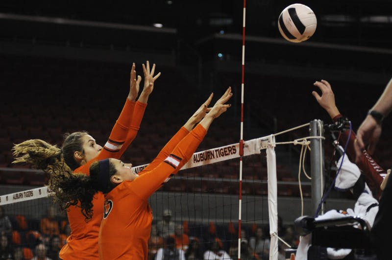 GALLERY: Auburn Volleyball vs. Alabama | 11.1.17