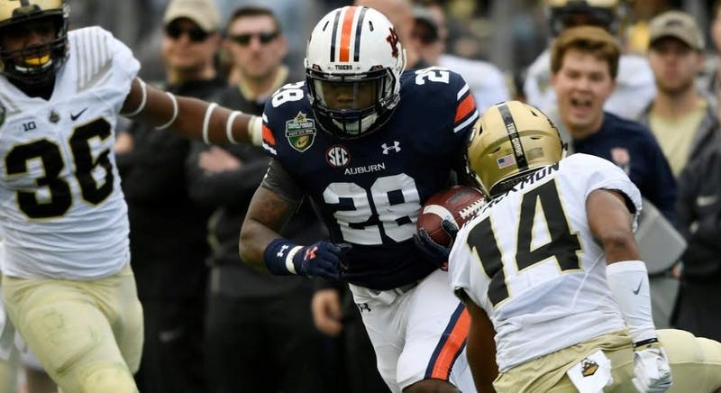 JaTarvious Whitlow scores Auburn's first touchdown. Music City Bowl Purdue vs Auburn on Friday, Dec. 28, 2018 in Nashville, TN.