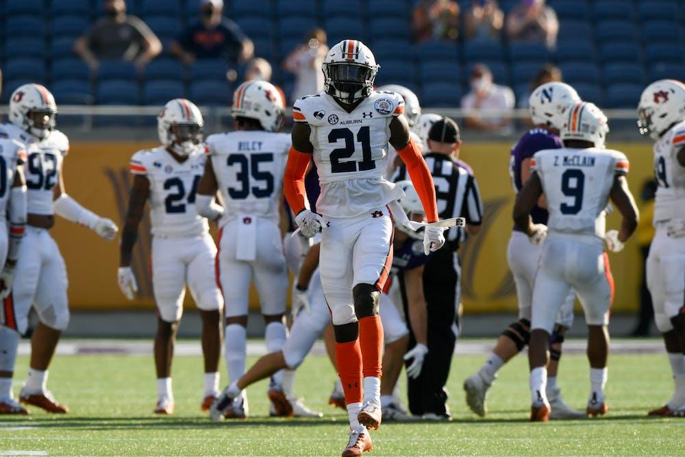 Smoke Monday returning to Auburn for senior season