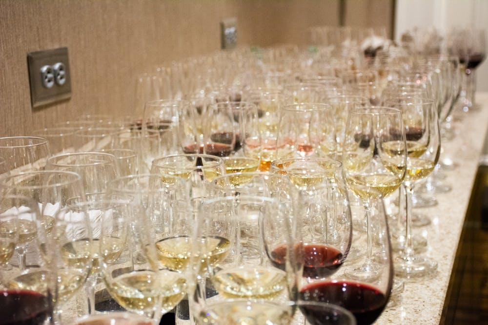 Course helps Auburn students become sommeliers