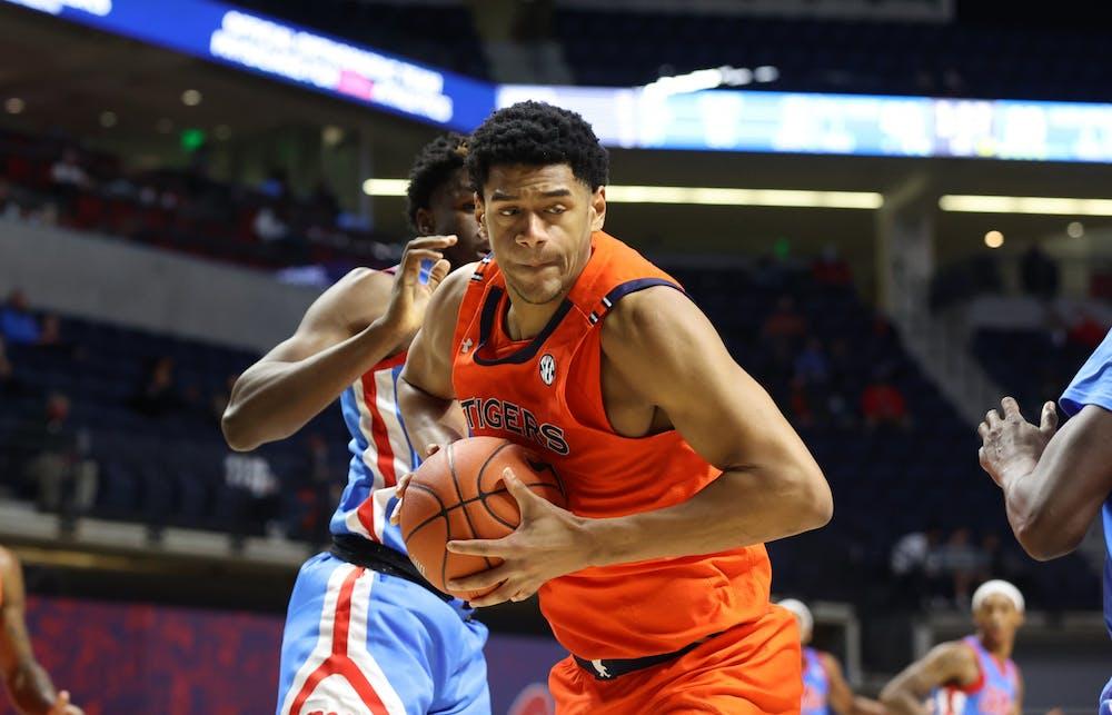 Auburn faces 'really good' Alabama team