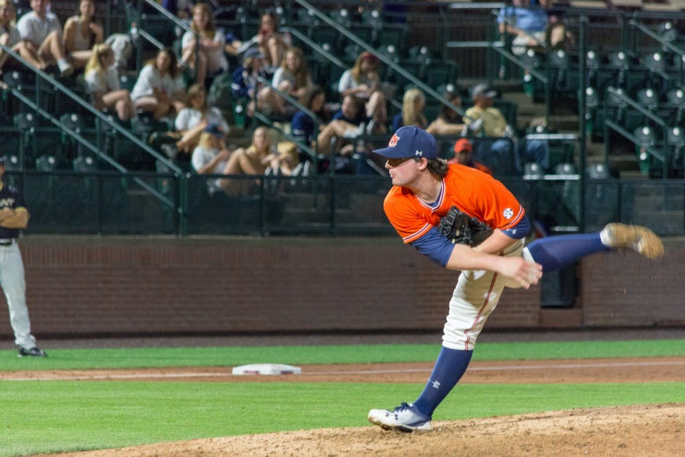 Tanner Burns ties Auburn strikeout record in win over Cincinnati