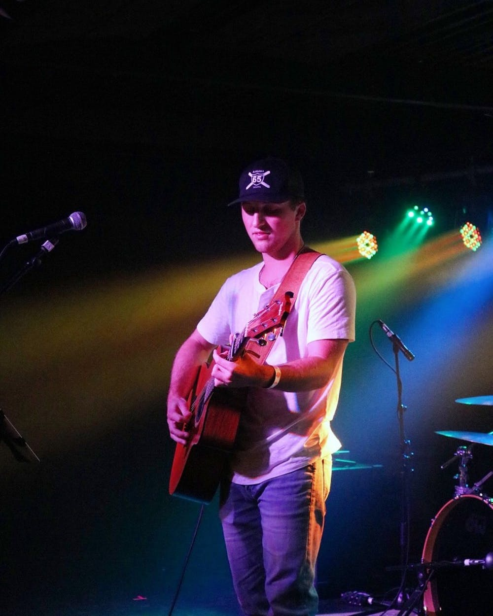 Auburn student launches country music career