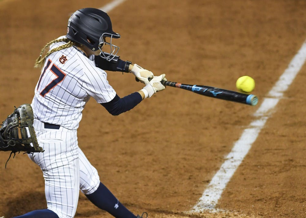 Auburn offense 'scores enough' to hold off Kennesaw State