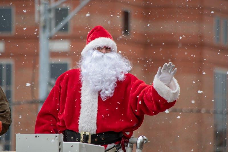 GALLERY: Auburn Christmas Parade | 12.9.18