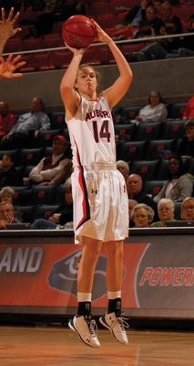 As a freshman, Alverson played in all 31 games and recorded 215 points. (Todd Van Emst / Media Relations)