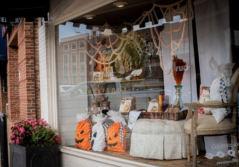 Wrapsody storefront decorated for fall Oct. 3, 2021