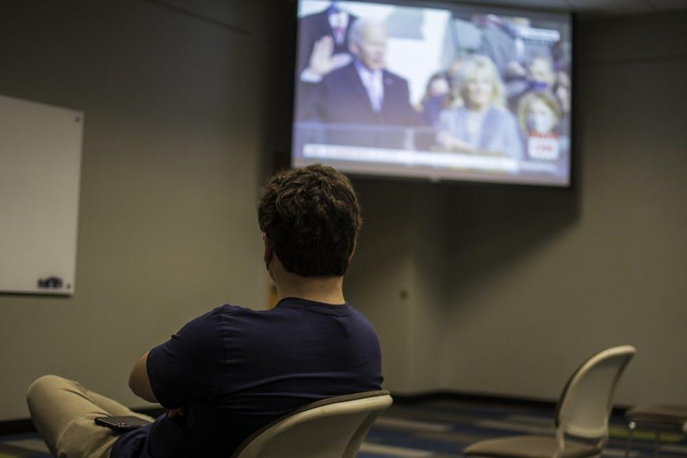 Auburn College Democrats watch Biden, Harris inauguration