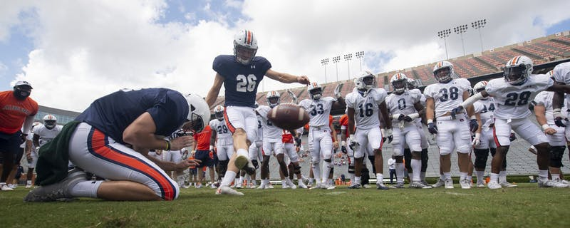 Anders Carlson kicks a pressure field goal to end practice.