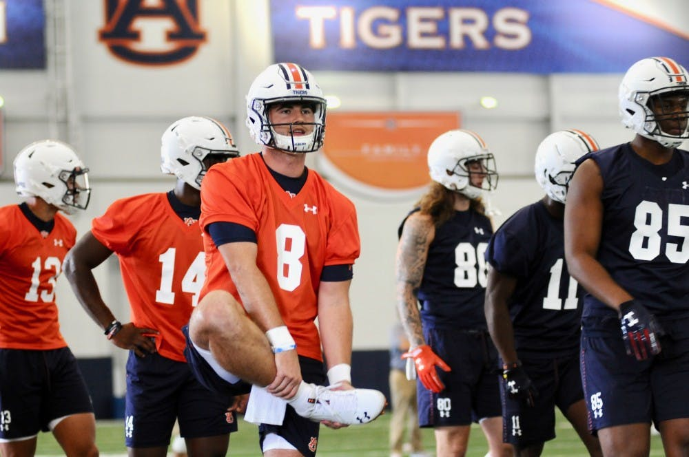 Fall camp notebook: Injured WRs in drills, O-line shakeup, new nickel