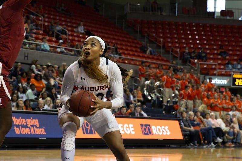 Unique Thompson (20) eyes the basket during the Auburn v. Alabama women's basketball game on January 12, 2020 in Auburn, AL.