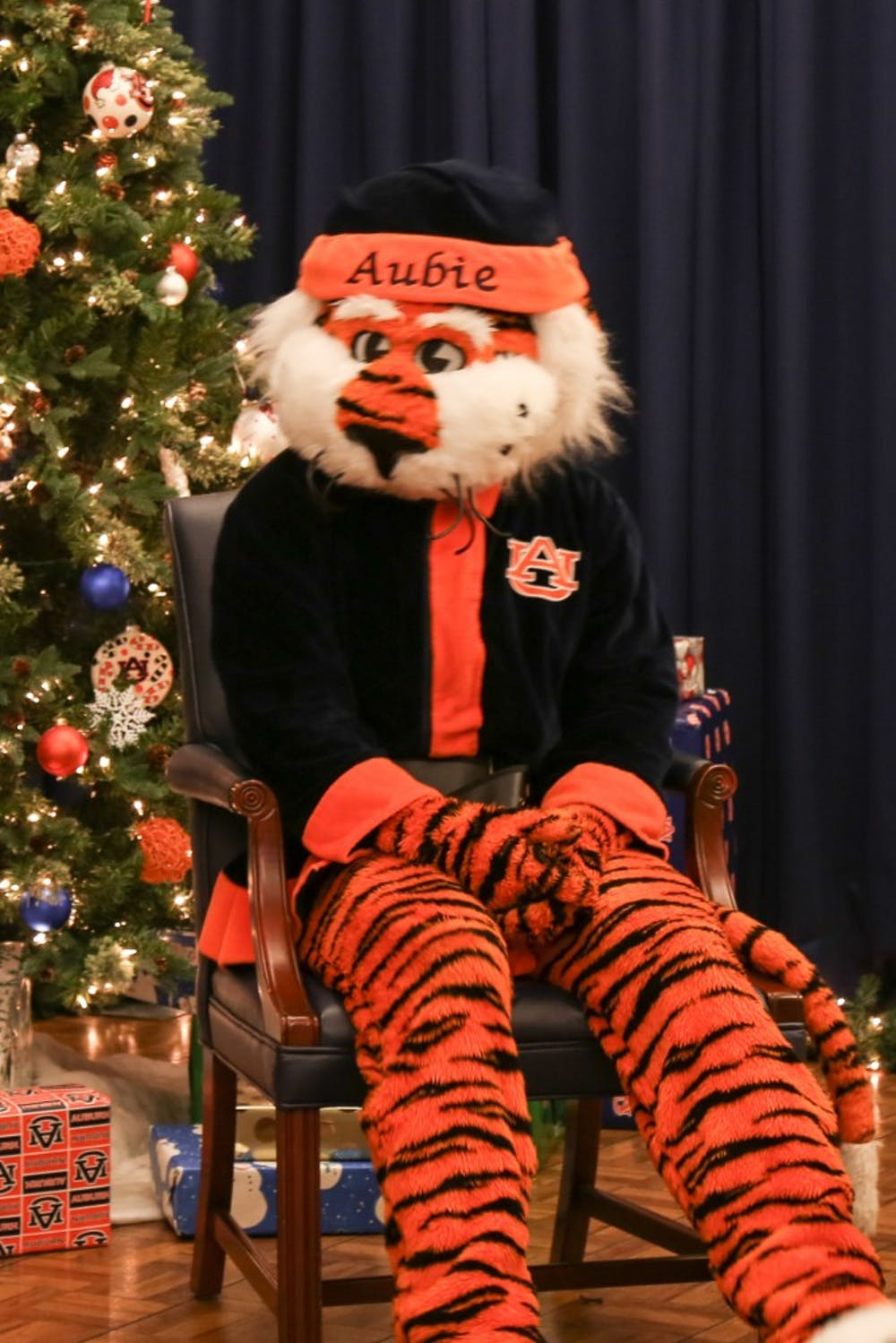 Aubie Claus is coming to town