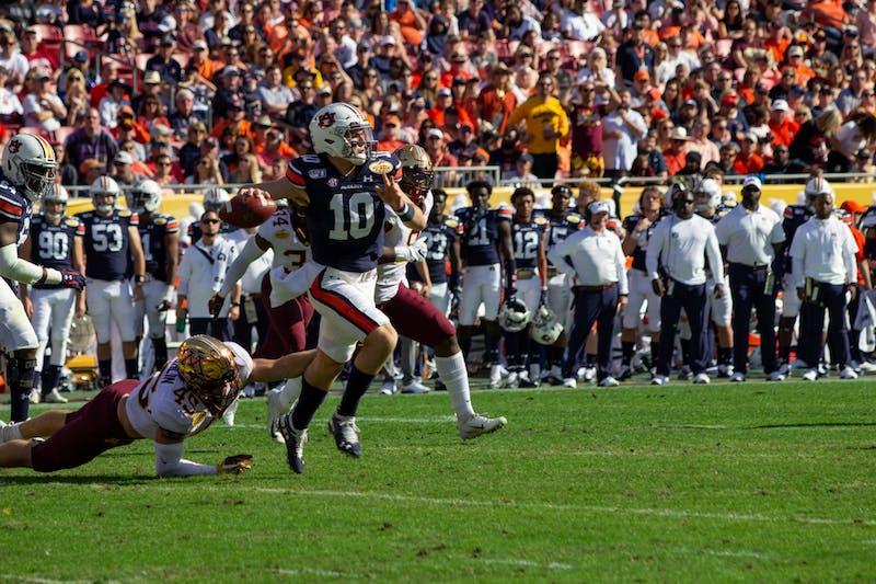Bo Nix (10) attempts to pass the ball during Auburn Football vs. Minnesota on Jan. 1, 2020, in Tampa, Fla.