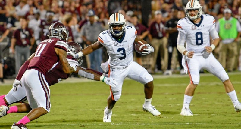 Asa Martin (3) runs the ball during Auburn football vs. Mississippi State on Oct. 6, 2018, in Auburn, Ala.