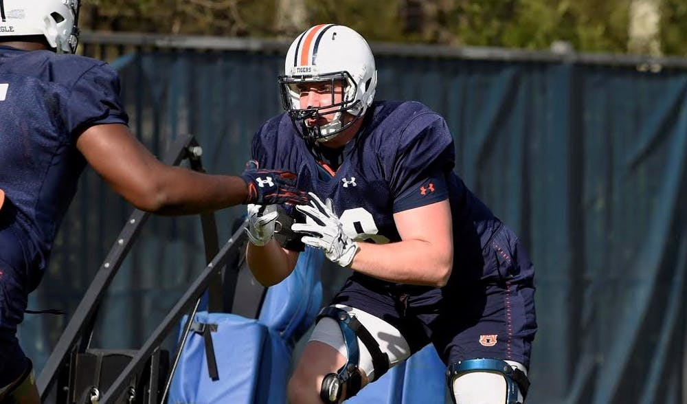 Auburn offensive tackle Austin Troxell tears ACL, out for 2019 season