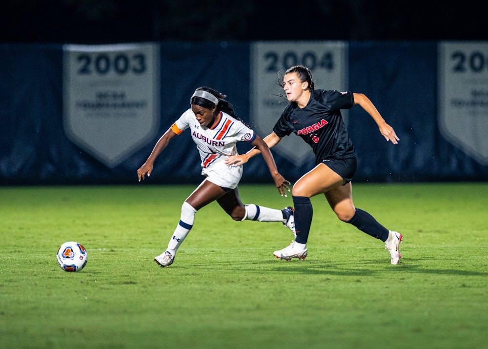 Auburn soccer opens SEC play with shutout win over Georgia