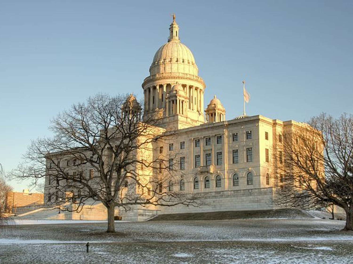 A_view_of_the_Rhode_Island_State_House-1