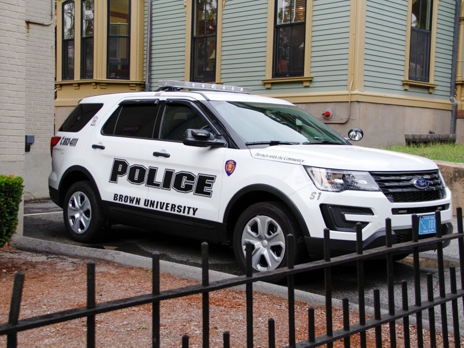 Gelb-Bicknell_CampusPolice_DPS_by_VictoriaYin