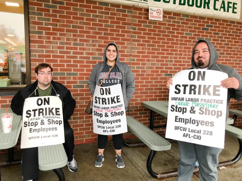 Cronin_Stop-and-Shop-Strike_Colleen-Cronin