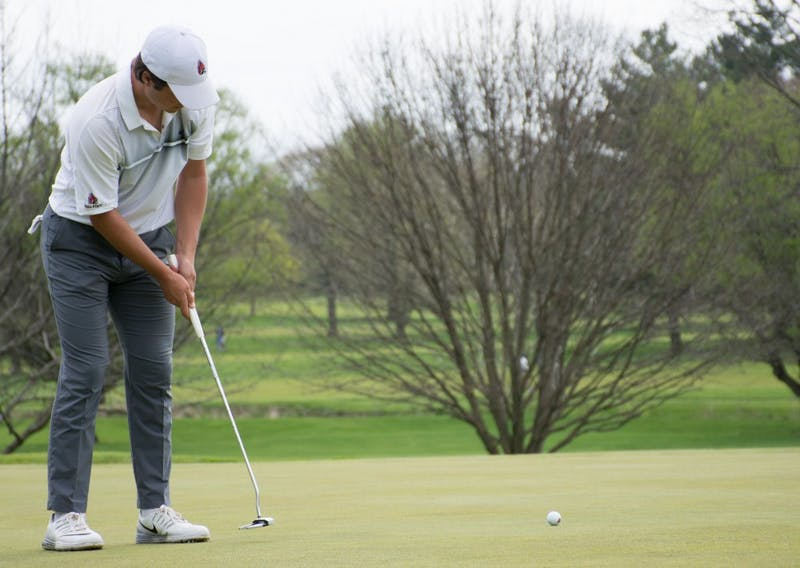 Makris leads men's golf heading into final round at Crooked Stick