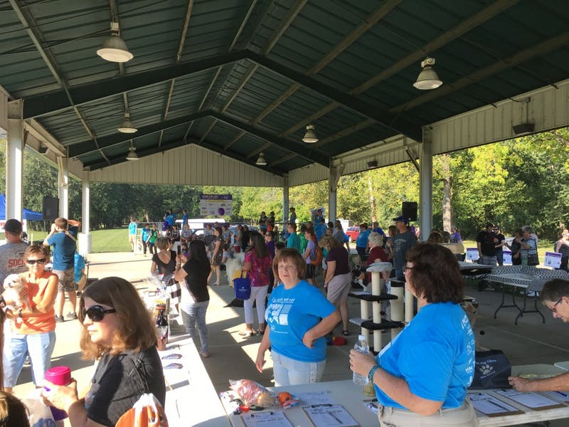 Dogs and owners raise cancer awareness, funds at Bark for Life
