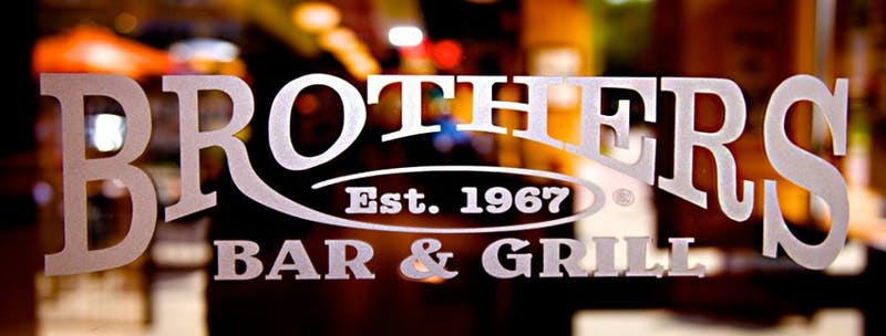 Brother's Bar & Grill: Muncie's Social Hangout