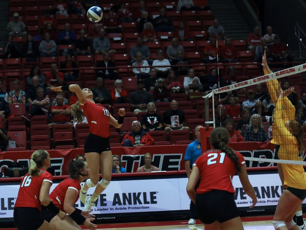 Senior outside hitter Ellie Dunn spikes the volleyball over the net during the first set against North Dakota State University Friday, Sept.7, 2018 at Worthen Arena. Dunn had 18 kills overall. Rebecca Slezak,DN