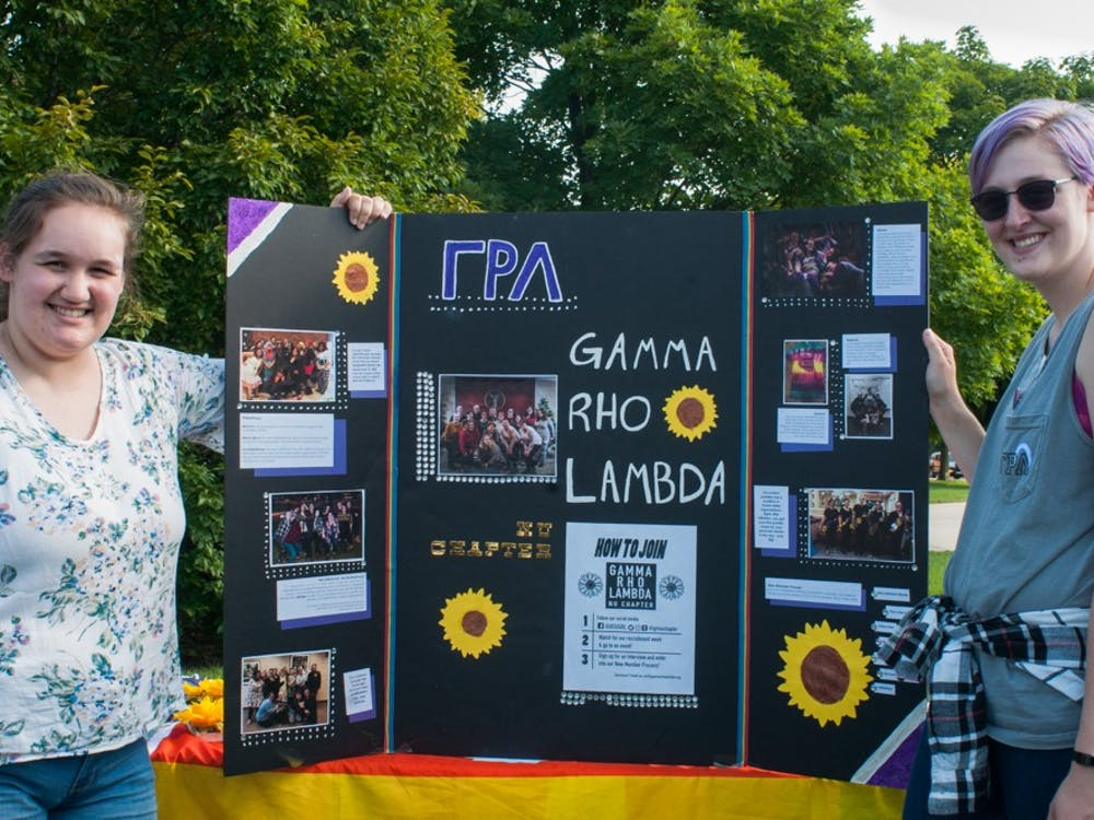 Meet the Greeks was hosted on University Green Aug. 23 allowing students interested in going through recruitment to mingle with the fraternities and sororities of Ball State.