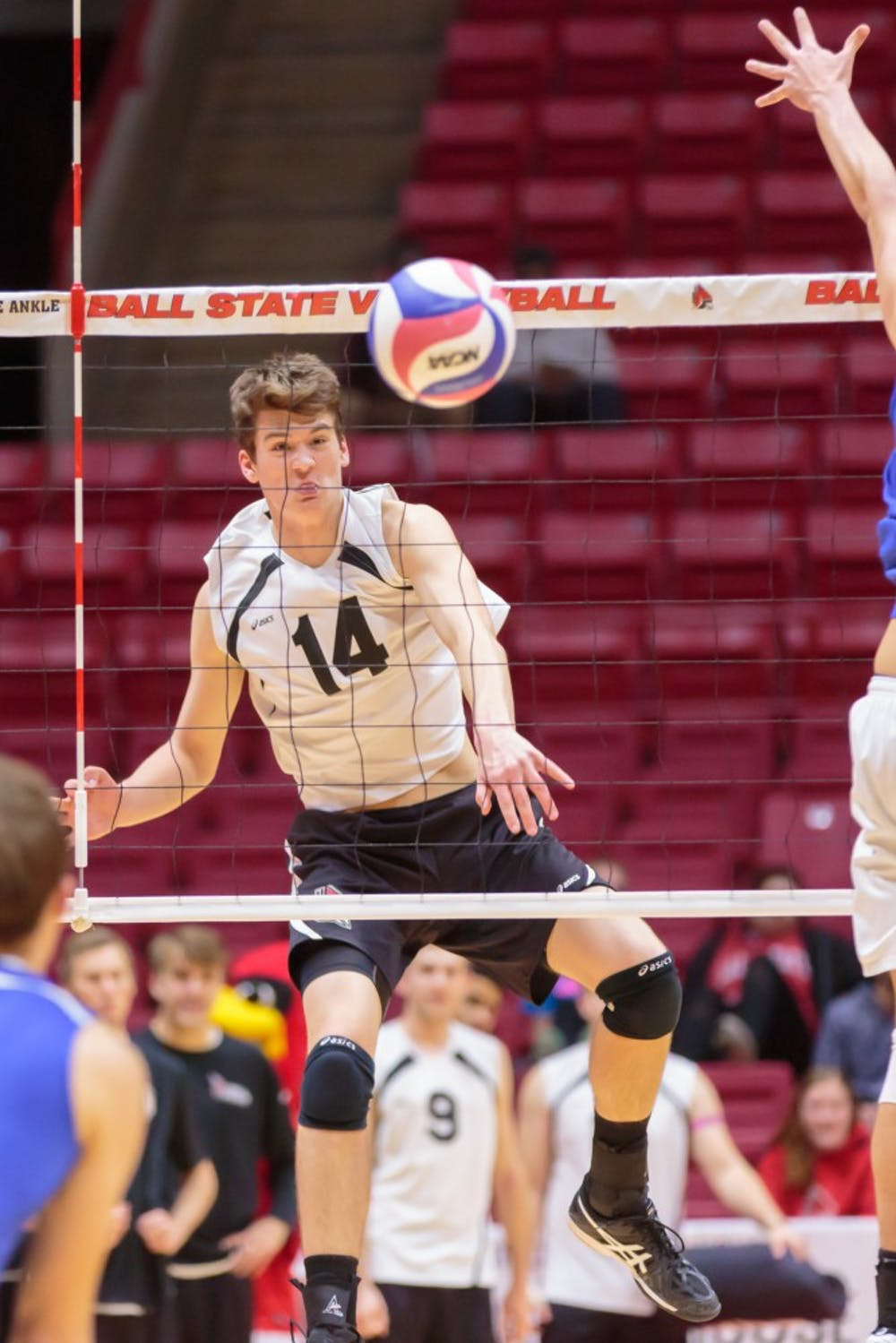 Freshman outside attacker Matt Szews hits the ball over the net during the game against Fort Wayne on Feb. 7 in Worthen Arena. The Cardinals won 3-0 against the Mastodons. Kyle Crawford // DN